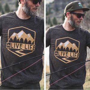 NWT Men's Premium Live Life Mountain tee
